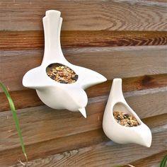 mangeoire oiseaux: idée originale en figurines en porcelaine