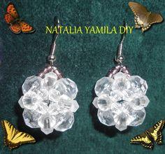 Aros pendientes ARTESANALES en flor cristal de cuentas facetadas y toupies . Handmade beaded earrings