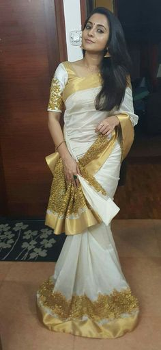 bhamaa in Kerala traditional saree with a twist, South Indian Fashion via Kerala Traditional Saree, Traditional Dresses, Traditional Wedding, Saree Blouse Patterns, Saree Blouse Designs, Indian Dresses, Indian Outfits, White And Gold Saree, White Saree