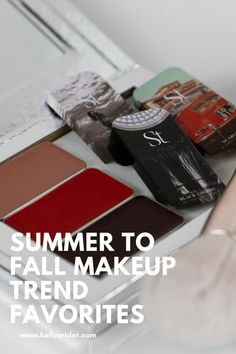 Discover a simplified way to change your makeup look from summer to fall. What you need to know about fall makeup trends, and how to incorporate them effortlessly into your busy routine. Changing seasons means changing makeup looks. Here are my top summer to fall makeup trends from Seint Beauty that look great on anyone! www.kellysnider.com Simple Everyday Makeup, Everyday Makeup Routine, Daily Beauty Routine, Simple Makeup, Beauty Routines, Makeup Tutorial Step By Step, Easy Makeup Tutorial, Makeup For Moms, Lots Of Makeup