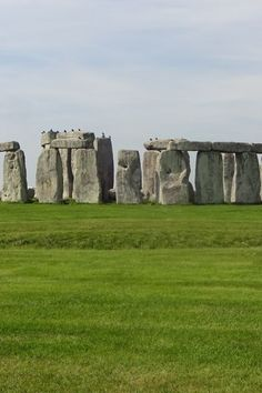 Image galleries and information about my visited World Heritage Sites. - Details for the World Heritage Site 'Stonehenge - Stonehenge, Avebury and Associated Sites' in Amesbury, England Stonehenge, World Heritage Sites, Prehistoric, Great Britain, Mount Rushmore, England, Explore, Gallery, Travel