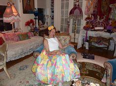 Purely Patricia Fox Style patriciafoxdesign.com #Home #stylist #interior #designer #whimsical #luxury #interiordesign #interiordesigner #floral #flowers #floralskirt