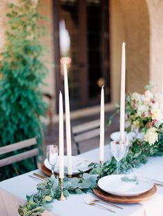 Understated Romance in a Tuscan Villa | Wedding Sparrow | Winsome and Wright