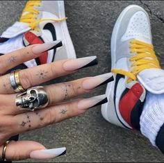 Acrylic Nails Coffin Short, Best Acrylic Nails, Simple Acrylic Nails, Coffin Nail, Edgy Nails, Stylish Nails, Milky Nails, Acylic Nails, Cute Acrylic Nail Designs