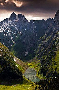 Alpstein and Faehlensee Appenzell