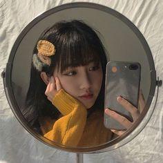 cute girl ulzzang 얼짱 hot fit pretty kawaii adorable beautiful korean japanese asian soft grunge aesthetic 女 女の子 g e o r g i a n a : 人 Ulzzang Korean Girl, Cute Korean Girl, Asian Girl, Ullzang Girls, Cute Girls, Korean Aesthetic, Aesthetic Girl, Selfie Posen, Korean Photo