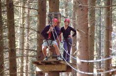Forestia heeft een klimparcours in het avonturenpark, op zo'n 25 km afstand van Vakantiehuis Auberge Le Barrage