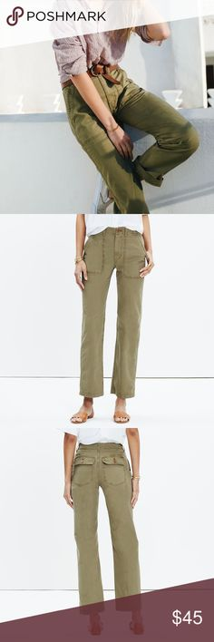 "Madewell Ollie Pant A fresh take on chinos with a vintage feel, these high-rise pants have a seriously good back view (it's kind of our design team's specialty). Specially garment-dyed for rich, dimensional color, these are the pair you wish you could find at the army surplus.    • 100% cotton. • Sit slightly above hip, fitted through hip and thigh, with a straight leg. • Front rise: 10 1/2""; inseam: 30""; leg opening for size 25: 16"". • Machine wash. • Import. • Item E9106. Madewell Pants…"