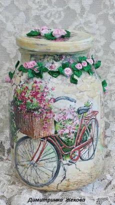 Decoupage Vintage, Decoupage Jars, Painting Glass Jars, Bottle Painting, Pot Mason, Mason Jar Crafts, Glass Bottle Crafts, Bottle Art, Hand Painted Wine Glasses