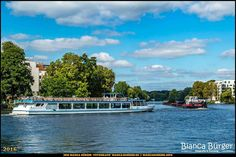 Köpenick - Blick auf die Dahme #Dahme #Köpenick #Berlin #Deutschland #Germany #biancabuergerphotography #igersgermany #igersberlin #IG_Deutschland #IG_berlincity #ig_germany #shootcamp #pickmotion #berlinbreeze #diewocheaufinstagram #berlingram #visit_berlin #canon #canondeutschland #EOS5DMarkIII #5Diii #berlinworld #germany_fotos #sightseeing #river