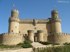 Castillo nuevo de Manzanares el Real - palace-fortress erected in the 15th century in the town of Manzanares el Real, next to the reservoir of Santillana at the foot of Sierra de Guadarrama, Spain. The castle now houses a museum of the Spanish castles and hosts a collection of tapestries. It was declared a Monumento Histórico-Artístico in 1931.