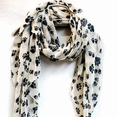 240$  Watch here - Animal Paw Prints Off White Spring & Summer Autumn Scarf Gift For Her Womens Scarves 100pcs/lot free shipping by express   #magazineonlinewebsite