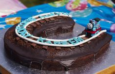 Thomas Train (mini) chocolate cake