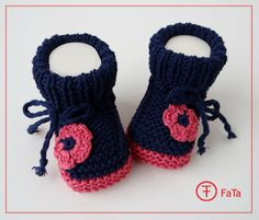 Babyschühchen, Krabbelschuhe, Taufschue, gestrickt von FaTa-Shop auf DaWanda.com