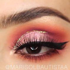 - Prom Makeup Looks Makeup Trends, Makeup Inspo, Makeup Art, Makeup Inspiration, Makeup Eye Looks, Beautiful Eye Makeup, Skin Makeup, Eyeshadow Makeup, Coral Eyeshadow