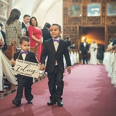 Pack 2 Paje Chico 1-4 años   Letrerosparaboda Hollywood Walk Of Fame, Instagram, Bride, Deco, Bridesmaids, Parts Of The Mass, Weddings, Wedding Bride, Bridal