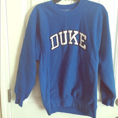 Duke Sweatshirt so comfortable, thick material Tops Sweatshirts & Hoodies Source by babyducknc Sweatshirts College Girl Outfits, Cold Weather Leggings, New Years Outfit, Clothes For Women, Hoodies, College Sweatshirts, Ivy League, 15th Birthday, Loose Weight