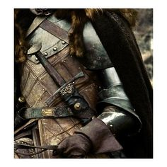 Tumblr ❤ liked on Polyvore featuring pictures, backgrounds, fantasy, aesthetic and armour