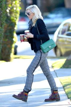 Gwen Stefani wearing Chanel bag