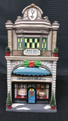 "Department 56 Christmas in the City ""Lafayette's Bakery"" #56.58953"