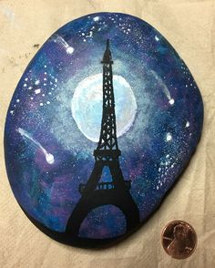 Painted Rocks Ideas - There's a rock painting fad sweeping the world and if you haven't heard of it, then it's possible you've been living under a rock! Eiffel Tower Painting, Art Painting, Stencil Painting, Painting For Kids, Stone Art, Painting, Art, Pretty Art, Easy Paintings