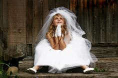 I so love this idea for a communion picture...Here I am Lord....First Holy Communion.