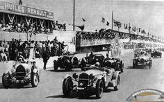 Le Mans 24heures 1934 , Alfa Romeo 8C 2300  Lm #6 , Drivers Lord Howe / Tim Rose Richards , on left Bugatti T50 #2 of Drivers Roger Labric / Pierre Veyron , Lorraine B3-6 #3 of  Vernet / Porthault , Bugatti T44 #4 of Jean Mahé / Jean Desvignes , Alfa Romeo 8C 2300 #7 of Raymond Sommer / Pierre Felix , Alfa Romeo 8C 2300 #5 of Freddy Clifford / Saunders Davies.