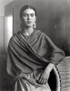 Imogen Cunningham -- Portrait of the Artist Frida Kahlo, 1931