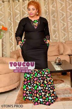 African Fashion Ankara, Latest African Fashion Dresses, African Inspired Fashion, African Print Fashion, Long African Dresses, African Print Dresses, African Blouses, Africa Dress, African Traditional Dresses