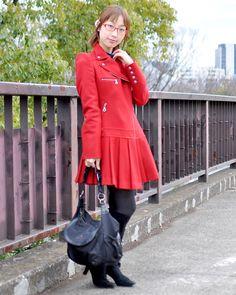 ◆美人スナップ|水嶋夏月さん http://www.bijin-snap.com/2012/04/03/no-675/ #水嶋夏月 #Natsuki_Mizushima #girl_with_glasses #glasses #woman_with_glasses