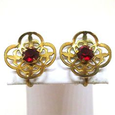 Red Brooch And Earrings Set Vintage Coro Signed by MyDellaWear