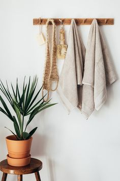 Cotton towel manufacturers & exporters in india  #Cotton #towel #manufacturers #exporters #india Home Interior, Bathroom Interior, Kitchen Interior, Interior Design, Room Kitchen, Home Design, First Apartment Tips, Apartment Decorating On A Budget, Lightroom