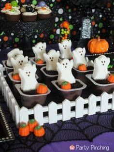 Party Planning - Party Ideas - Cute Food - Holiday Ideas -Tablescapes - Special Occasions And Events - Party Pinching - Halloween Frightfully Cute Halloween Peeps, Scary Halloween Food, Hallowen Food, Halloween Graveyard, Halloween Games For Kids, Halloween Goodies, Kids Party Games, Halloween Desserts, Halloween Birthday