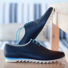 Confort a zapatos hechos a mano cuero-mujer Oxford zapatos Vibram sole - zapatos planos - bleu tie-zapatos zapatos únicos zapatos de cuero cerrados zapatos planos Brogues, Loafers, Dress Shoes, Tie Shoes, Flat Shoes, Handmade Leather Shoes, Oxford Flats, Rubber Shoes, Footwear