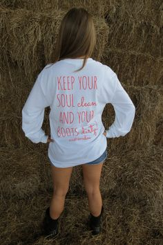 Keep your soul clean and your boots dirty. The Effective Pictures We Offer You About Country Outfit night out A Country Girls Outfits, Country Girl Style, Cute N Country, Country Life, Country Fashion, Country Music, Fall Outfits, Summer Outfits, Cute Outfits