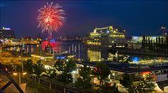 https://flic.kr/p/f14PGD | Kieler Förde Feuerwerk | fireworks at the Firth of Kiel marking the end of Kiel Week 2013 celebrations