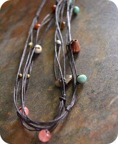 http://jenniferjangles.blogspot.com/2011/03/knotted-necklace-tutorial.html