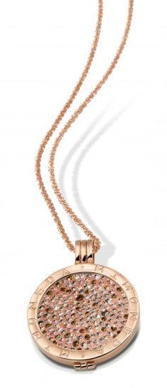 Search results for: 'mi-moneda-peach-picante-coin-and-rose-gold-plated-destello-chain-set' Rose Gold Pendant, Rose Gold Jewelry, Pearl Jewelry, Bridal Jewelry, Gold Jewellery, Dog Tag Necklace, Gold Necklace, Pendant Necklace, Jewelry Branding