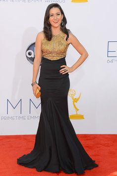 Raising Hope star/Katy Perry's BFF Shannon Woodward looked incredible in a sparkly two-tone gown.