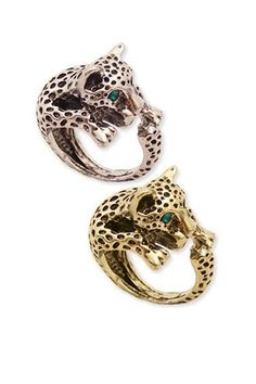 Animal print is a big must this season. From cheetah print to zebra print, the bolder the better. Tie in the theme by going that bit further with animal style accessories like these gorgeous leopard rings. Perfect to give your fingers that extra glam.  Nancy x