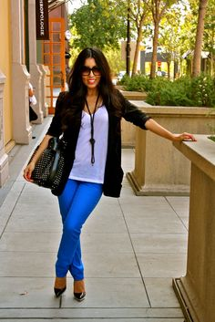 -Royal Blue Jeans black blazer heels simple and cute Royal Blue Leggings, Royal Blue Jeans, Cobalt Jeans, Red Jeans, Casual Outfits, Cute Outfits, Fashion Outfits, Casual Wear, Blue Pants Outfit