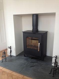 Mendip Loxton stove/slate hearth