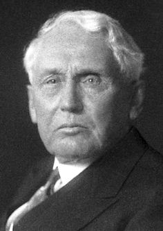 Frank Billings Kellogg, The Nobel Peace Prize 1929: Part-originator of Briand-Kellogg Pact, ex-Secretary of State