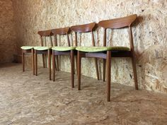 Harry Ostergaard Danish Teak Dining Table and Chairs Set - Mid Century Modern Kitchen Dining Suite - Retro Item from the 60s by RetroFrank on Etsy https://www.etsy.com/uk/listing/248435928/harry-ostergaard-danish-teak-dining
