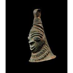 Trois cloches rituelles en bronze, région du Bas-Niger, Nigeria | lot | Sotheby's