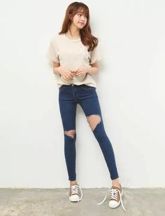 Casual Style. Ripped Jeans × Plain shirt
