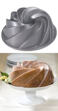 Swirling cast aluminum Bundt pan transforms cakes into centerpieces! - Swirling cast aluminum Bundt pan transforms cakes into centerpieces! Simply dust desserts with powd - Kitchen Supplies, Kitchen Items, Kitchen Utensils, Kitchen Appliances, Bundt Cake Pan, Cake Pans, Bundt Cakes, Cooking Gadgets, Cooking Tools