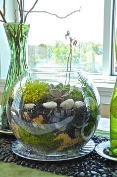 spring tablescape, terrarium, succulents, green tablescape (www.fatveganbaby.com)
