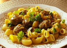 Gnocchi, Kung Pao Chicken, Pork, Food And Drink, Yummy Food, Beef, Baking, Ethnic Recipes, Bulgur