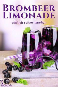 Du bist auf der Suche nach einem erfrischenden Sommergetränk? Wieso nicht einfach mal Limonade selber machen? Mit meinem Brombeer Limonade Rezept kannst du Limonade einfach selbst herstellen. Erfrischend, kalorienarm und noch dazu gesund - probier's aus. #limonade #rezept #brombeer